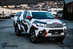 Ny-Toyota-Hilux-foliert-i-Camo