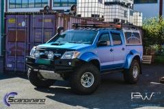 Toyota hilux foliert I matt andonized blue pwf-6