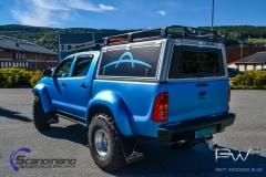 Toyota hilux foliert I matt andonized blue pwf-7