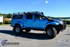 Toyota hilux foliert I matt andonized blue pwf-9