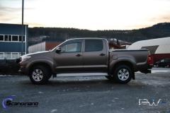 Toyota-Hilux-foliert-i-Matt-Bronze-Bronze-PWF-Scandinano-2