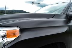 Toyota Tundra helfoliert med Black Satin fra 3M-11