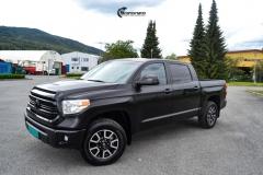 Toyota Tundra helfoliert med Black Satin fra 3M-2