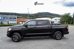 Toyota Tundra helfoliert med Black Satin fra 3M-9