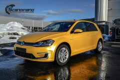 Volkswagen e-Golf foliert med Matt Sunflower fra PWF-10