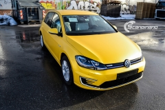 Volkswagen e-Golf foliert med Matt Sunflower fra PWF-11