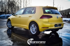 Volkswagen e-Golf foliert med Matt Sunflower fra PWF-15