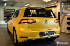 Volkswagen e-Golf foliert med Matt Sunflower fra PWF-8