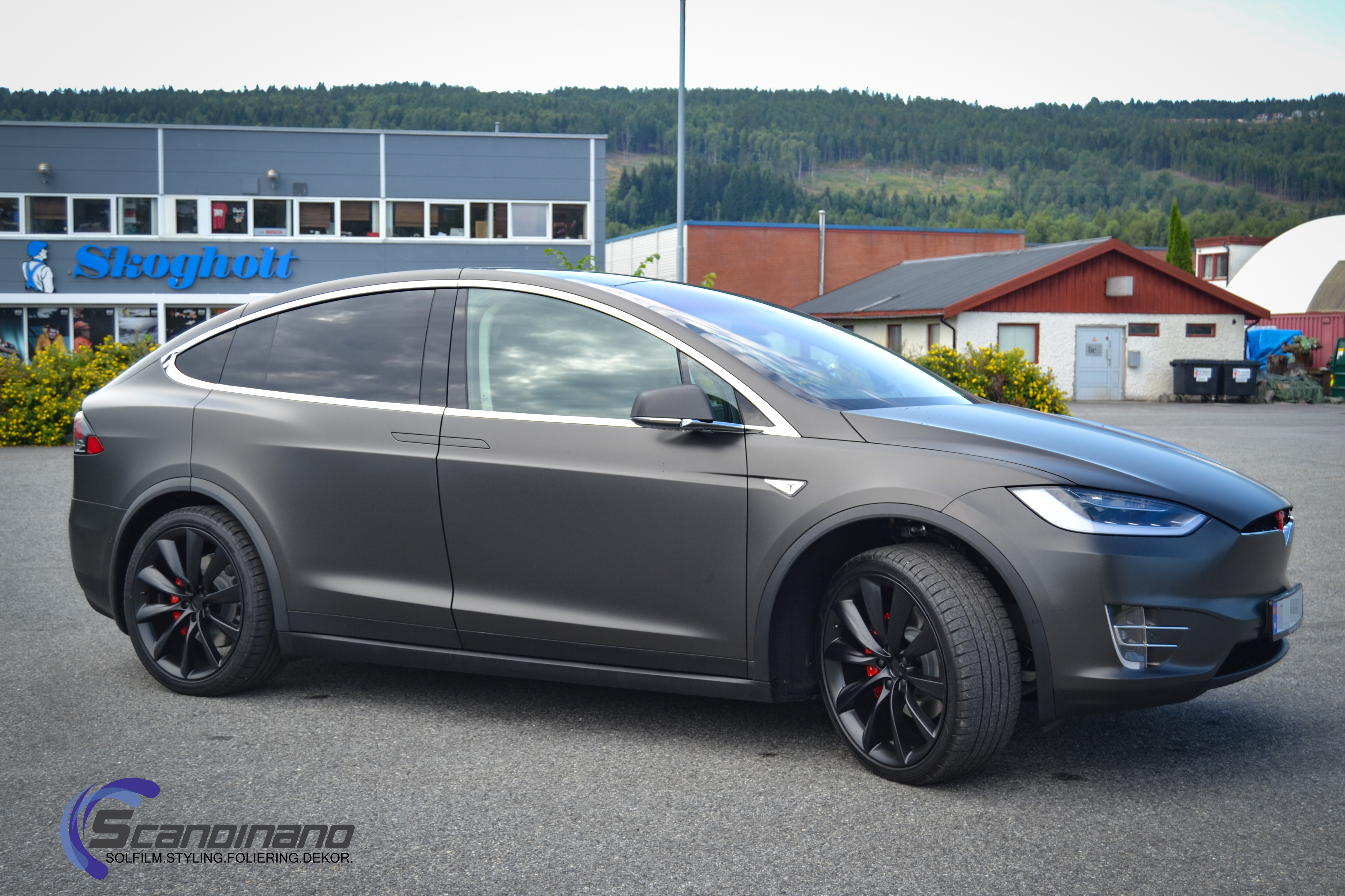 Tesla Model S Custom >> Ny Tesla Model X foliert i Matt black diamant metallic PWF